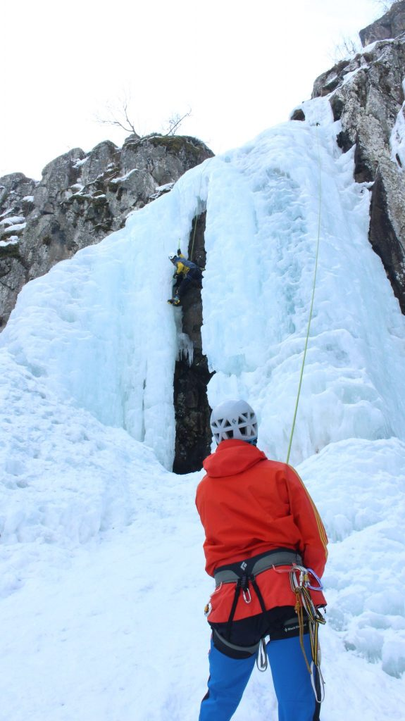 Boyana Waterfall - Ice Climbing Dec.16 - GOLIVE